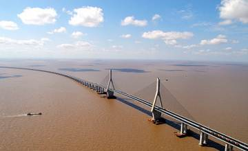 Donghai bridge image